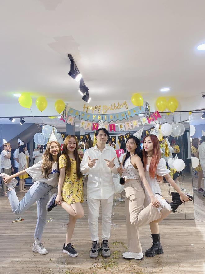 Ông Cao Thắng được Đông Nhi tổ chức sinh nhật hoành tráng, nhìn dàn sao Vbiz nô nức là biết Chủ tịch được quý thế nào-4
