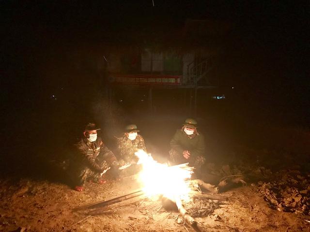 Biên phòng Quảng Trị vượt giá rét thực hiện nhiệm vụ chống dịch Covid-19-6