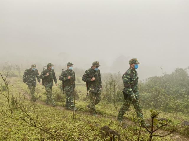 Biên phòng Quảng Trị vượt giá rét thực hiện nhiệm vụ chống dịch Covid-19-3