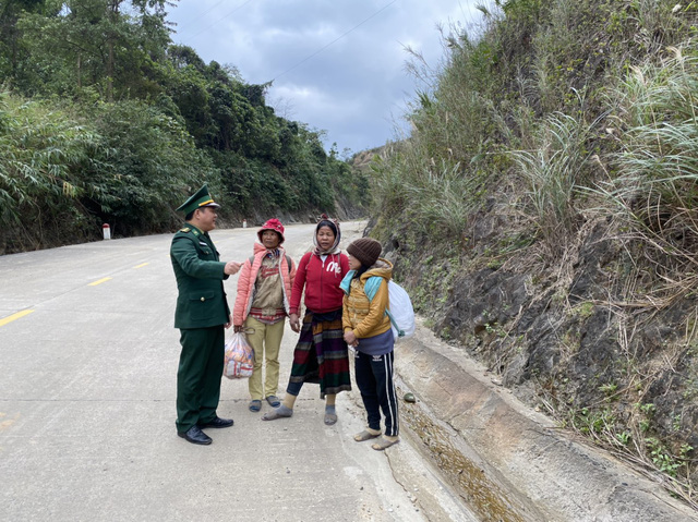 Biên phòng Quảng Trị vượt giá rét thực hiện nhiệm vụ chống dịch Covid-19-9