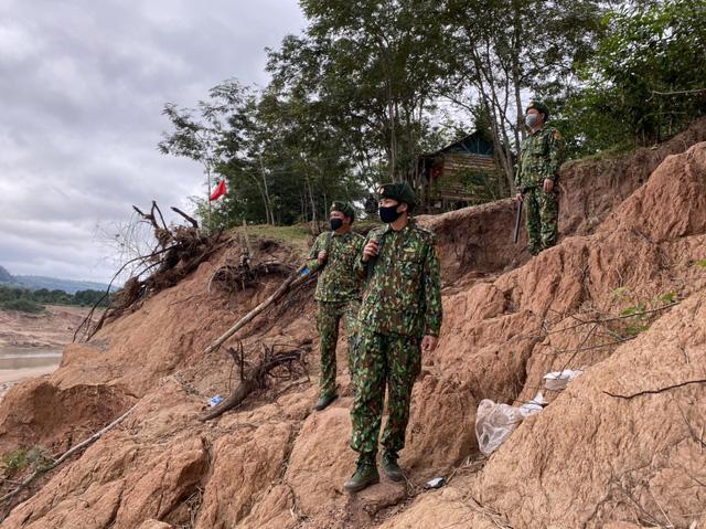 Biên phòng Quảng Trị vượt giá rét thực hiện nhiệm vụ chống dịch Covid-19-8