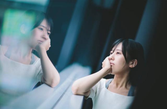 Bệnh trầm cảm - sát thủ ẩn mình rình rập phụ nữ: Bị chồng cho là giả bệnh, con cái không muốn sống chung, nhiều người cay đắng tìm đến cái chết-5
