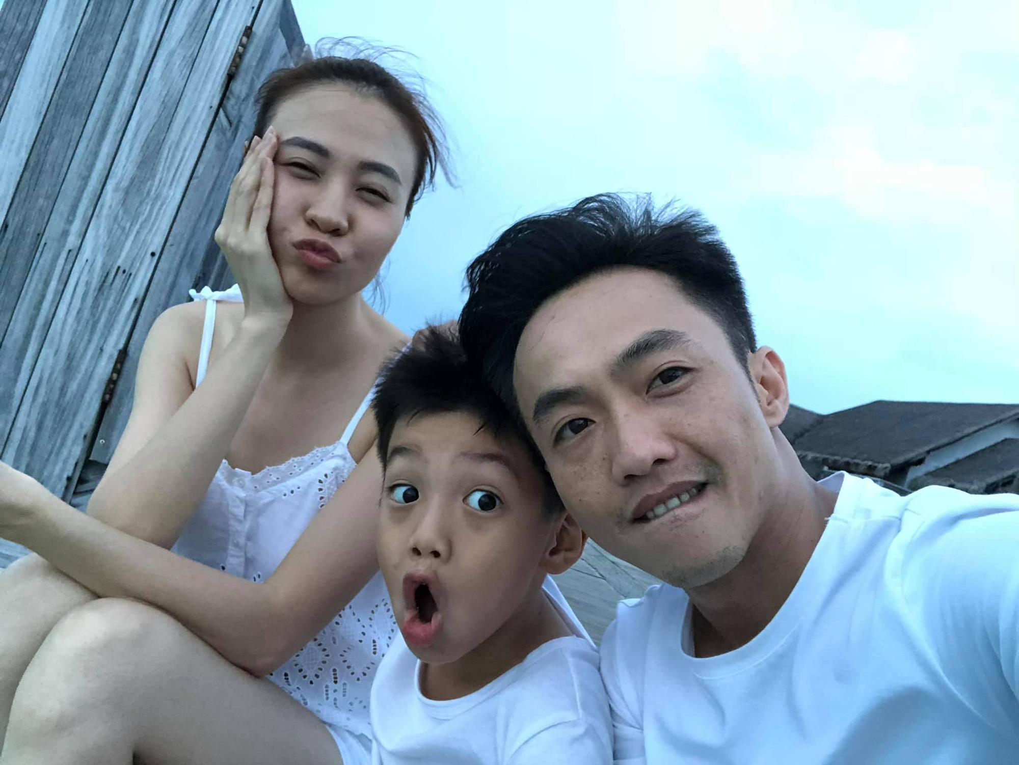 """Đàm Thu Trang đào"""" lại loạt ảnh du lịch với Subeo, Cường Đô La bình luận 1 câu là biết cưng ái nữ mới sinh thế nào-3"""