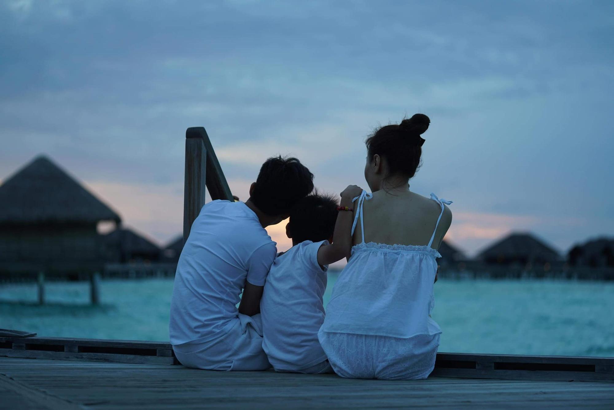 """Đàm Thu Trang đào"""" lại loạt ảnh du lịch với Subeo, Cường Đô La bình luận 1 câu là biết cưng ái nữ mới sinh thế nào-2"""