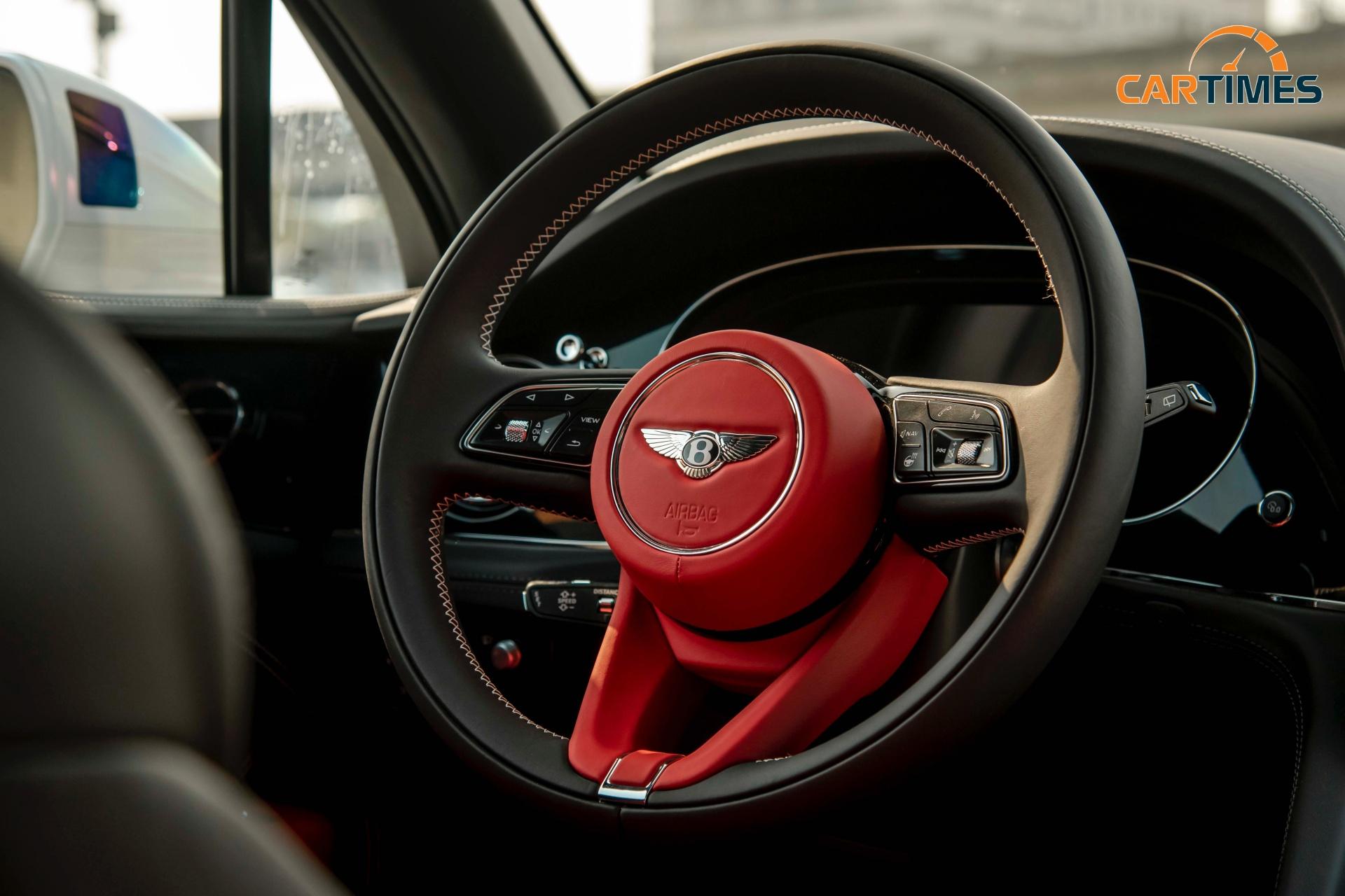 Bentley Bentayga 2021 First Edition cập bến thị trường Việt Nam, giá hơn 19 tỷ đồng -3