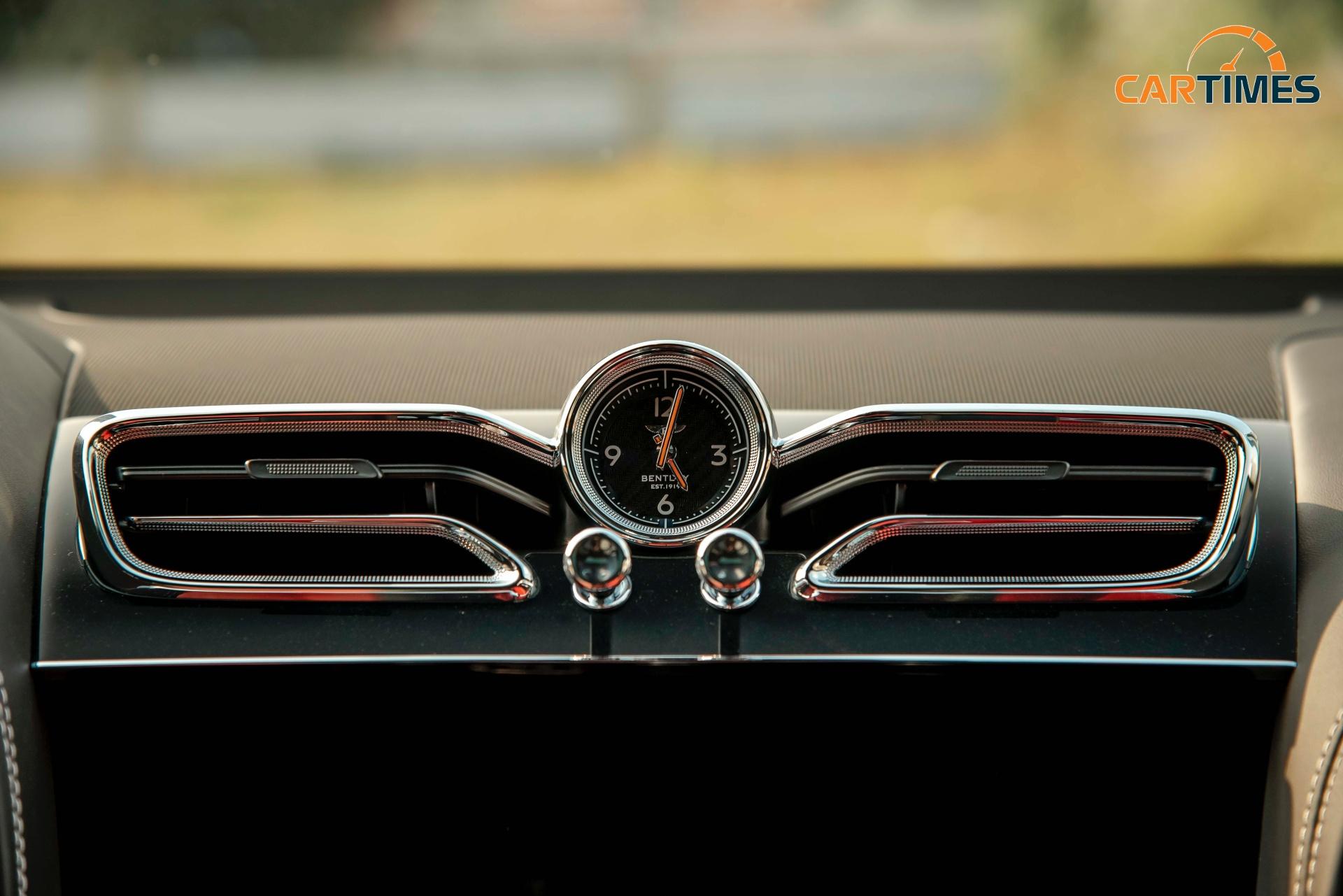 Bentley Bentayga 2021 First Edition cập bến thị trường Việt Nam, giá hơn 19 tỷ đồng -7