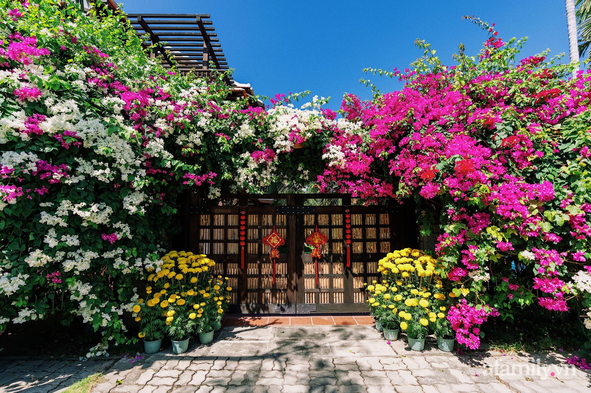 Căn nhà vườn xây 10 năm vẫn đẹp hút mắt với nội thất gỗ và cây xanh quanh nhà ở Nha Trang-2