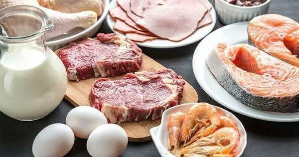 Ăn quá nhiều protein sẽ làm tổn thương thận, tăng nguy cơ ung thư, 5 dấu hiệu cảnh báo bạn ăn quá nhiều protein