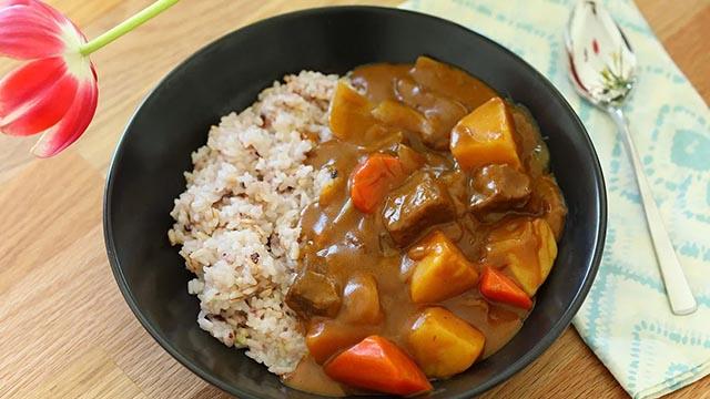 Cách làm cà ri gà chuẩn Nhật Bản