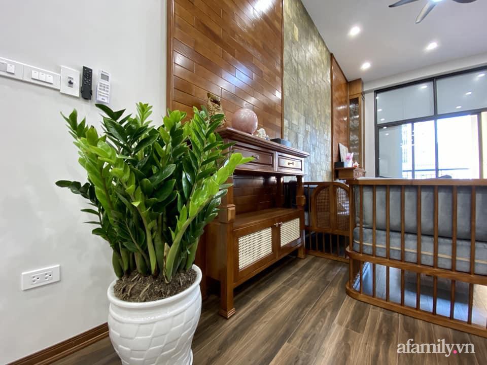 Căn hộ 85m² màu gỗ ấm cúng kết hợp khéo léo phong cách hiện đại và hoài cổ của con trai mua cho bố mẹ ở Hà Nội-4