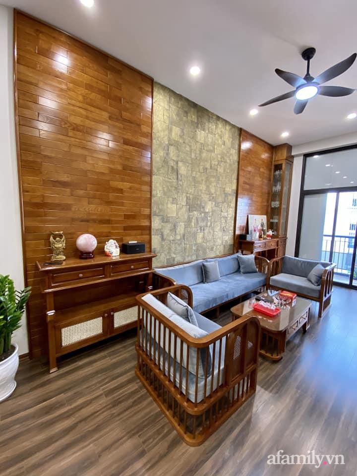 Căn hộ 85m² màu gỗ ấm cúng kết hợp khéo léo phong cách hiện đại và hoài cổ của con trai mua cho bố mẹ ở Hà Nội-3