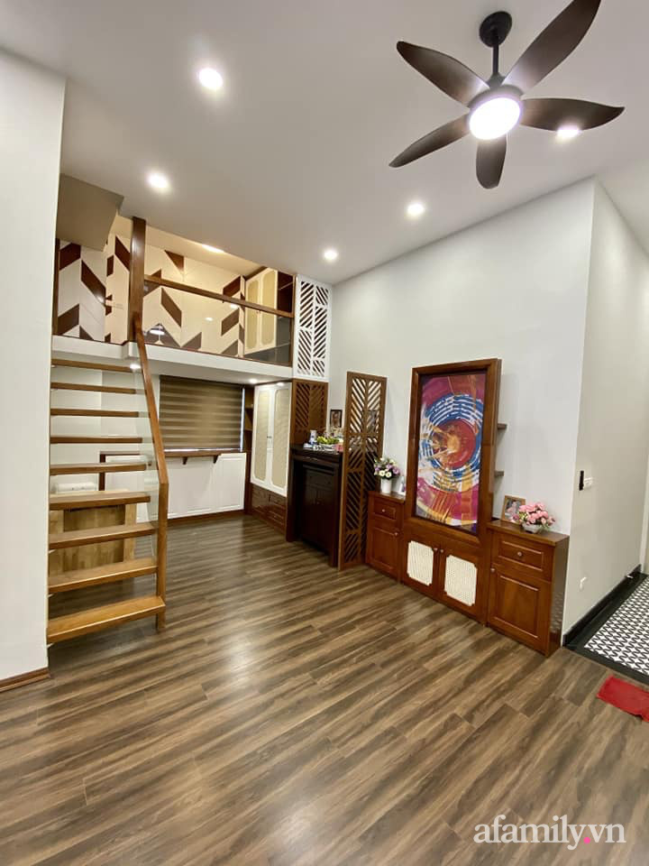 Căn hộ 85m² màu gỗ ấm cúng kết hợp khéo léo phong cách hiện đại và hoài cổ của con trai mua cho bố mẹ ở Hà Nội-10