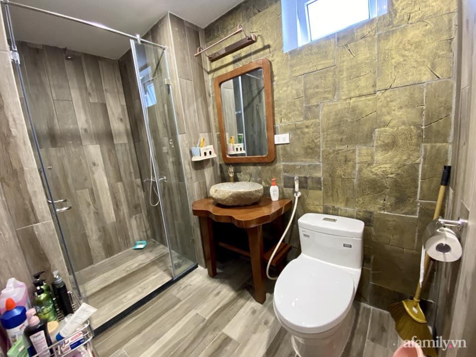 Căn hộ 85m² màu gỗ ấm cúng kết hợp khéo léo phong cách hiện đại và hoài cổ của con trai mua cho bố mẹ ở Hà Nội-21