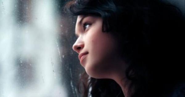 Đọc lá thư mẹ để lại dưới gối trước khi qua đời mà tôi khóc lặng ân hận tột cùng
