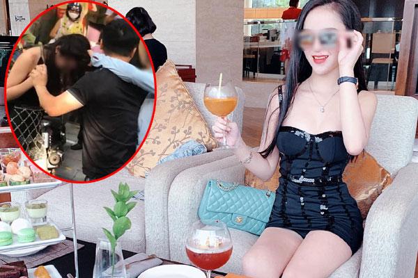 Người phụ nữ chặn xe Mercedes giữa đường phố Hà Nội nghi do bị bạn tốt cướp chồng, cú đá của cô gái trẻ từ ô tô gây chú ý-3