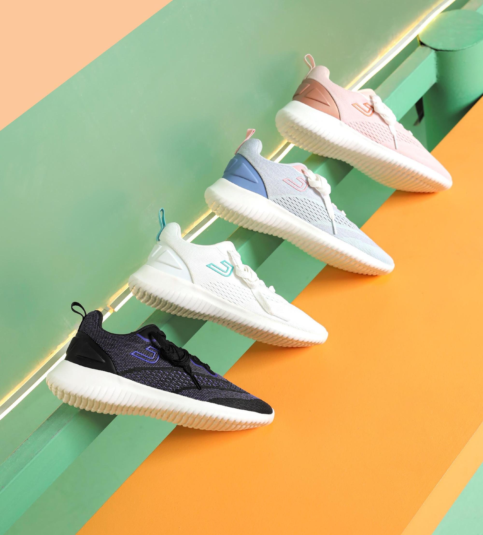 Tết này sắm ngay 5 mẫu sneakers trendy sau để mix kiểu gì cũng ổn, tiện học luôn cách thả thính cực hot bằng dây giày-7