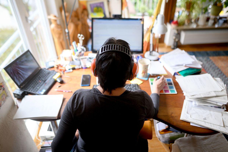 Nỗi hối tiếc lớn nhất của một nhân viên làm thuê: Đi làm không để lấy lương, mà là kiếm đủ tiền đề không phải bận tâm về cuộc sống-2