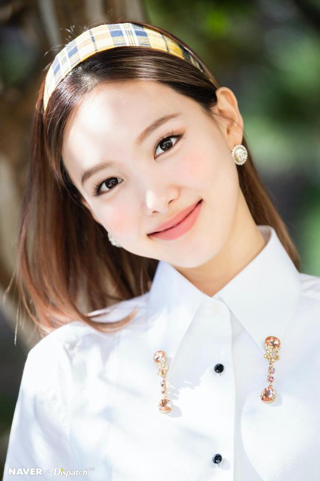 30 nữ idol Kpop hot nhất: Jennie (BLACKPINK) chưa bất ngờ bằng em út Oh My Girl đánh bật cả TWICE - MAMAMOO-10