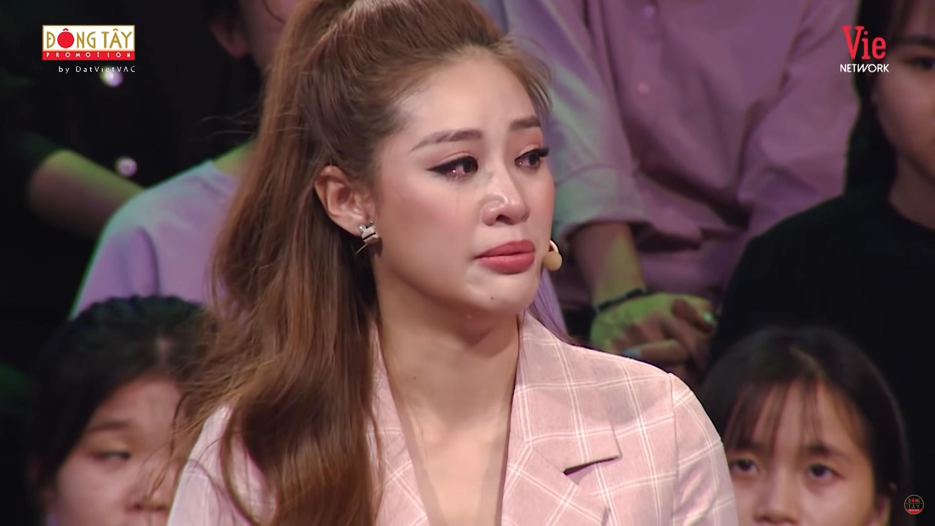 Hoa hậu Khánh Vân bật khóc: Ba tôi phải bươn chải, kiếm từng đồng một-3