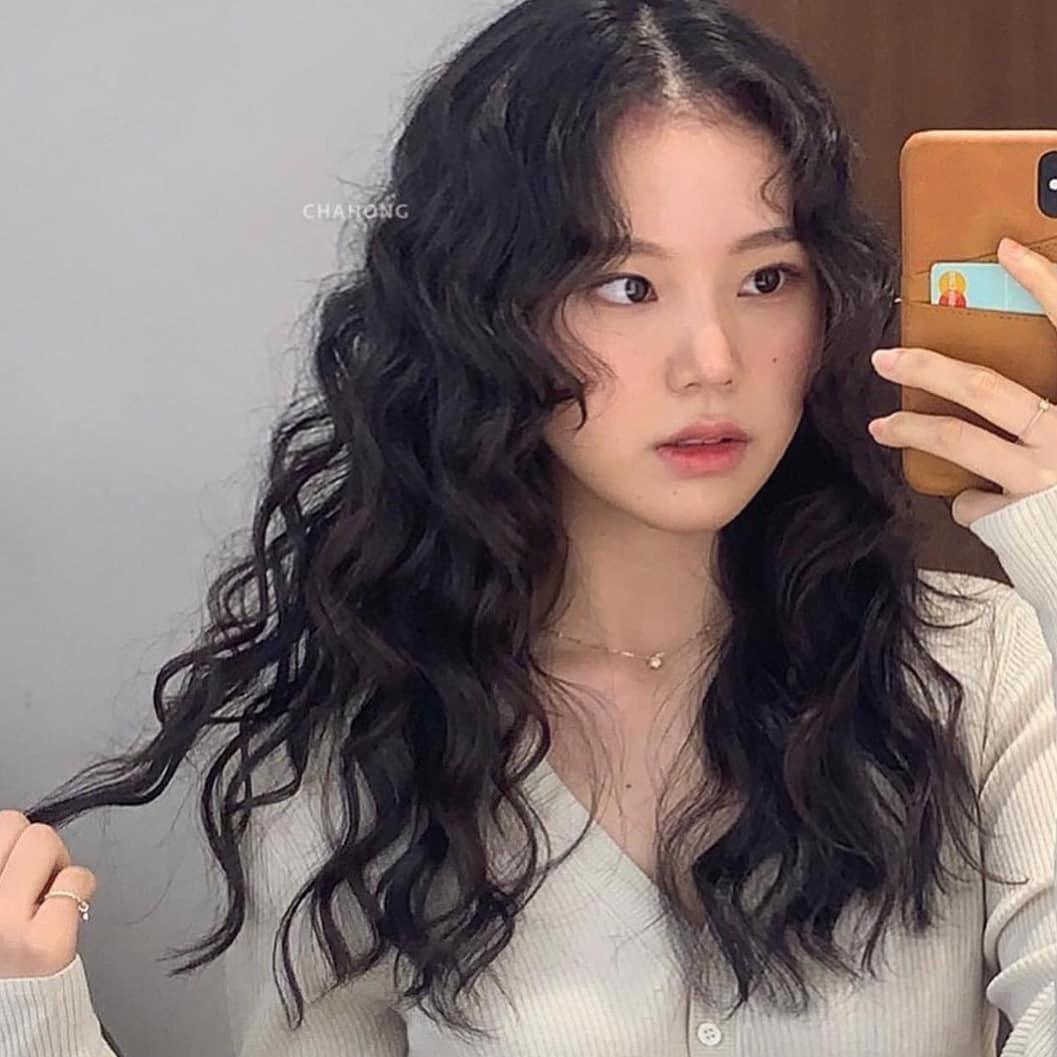 5 trend tóc dài đang hot nhất ở các tiệm Hàn Quốc lúc này, đặt ngay lịch cắt để trẻ ra 5 tuổi là ít-7