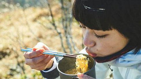 Ăn mãi vẫn cứ thấy đói thì đó là tín hiệu sớm của 5 vấn đề có thể sinh bệnh, béo phì, chị em không thể xem thường