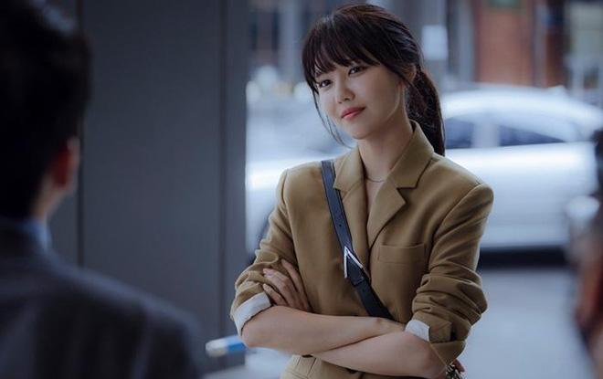 Run On của thánh đơ Shin Se Kyung: Viên ngọc thô không đáng bị quên lãng, nhân vật nào cũng điên mà dễ thương đến lạ-13