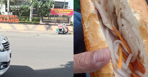 Mua bánh mì giá