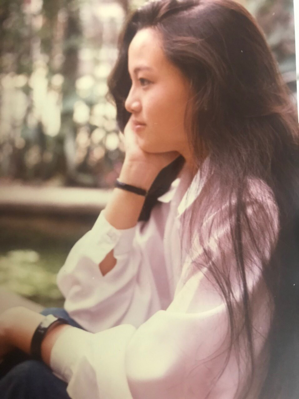 Nhan sắc thời trẻ và điều ít biết về Nữ hoàng nhạc sến miền Tây Hoàng Châu-7