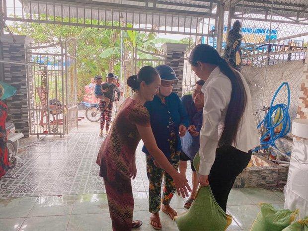 Vợ hai Vân Quang Long công khai tiền phúng viếng, khẳng định: Em đã làm tròn bổn phận-4