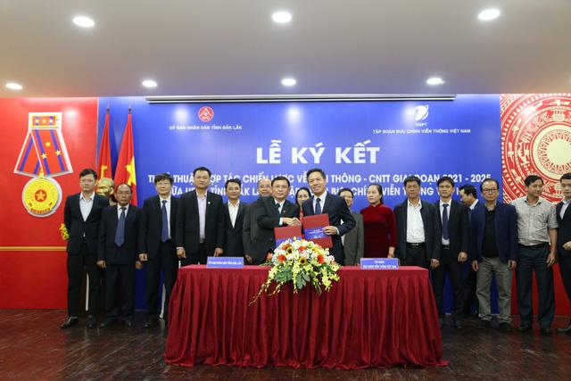 UBND tỉnh Đắk Lắk đánh giá cao vai trò của VNPT trong phát triển viễn thông, CNTT-1