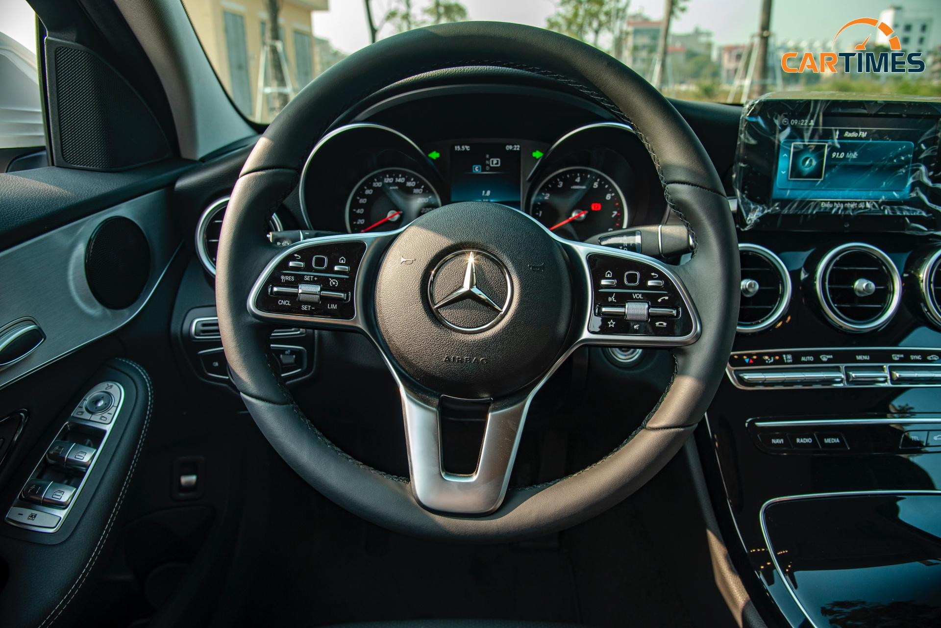 Còn mới tinh tươm, ODO chưa qua 50 km, Mercedes-Benz C 180 2020 đã được rao bán trên thị trường xe cũ -7