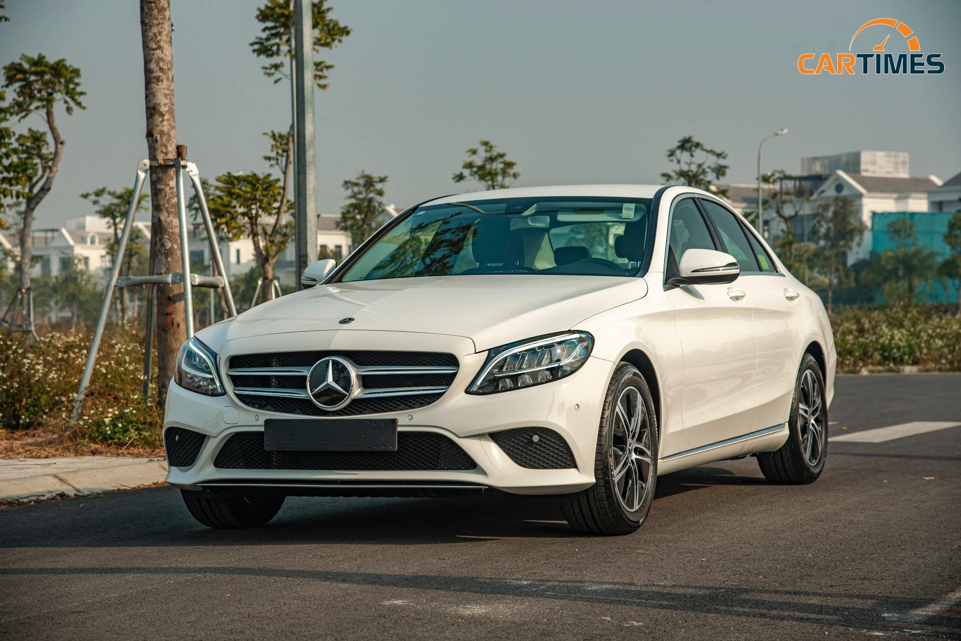 Còn mới tinh tươm, ODO chưa qua 50 km, Mercedes-Benz C 180 2020 đã được rao bán trên thị trường xe cũ -4