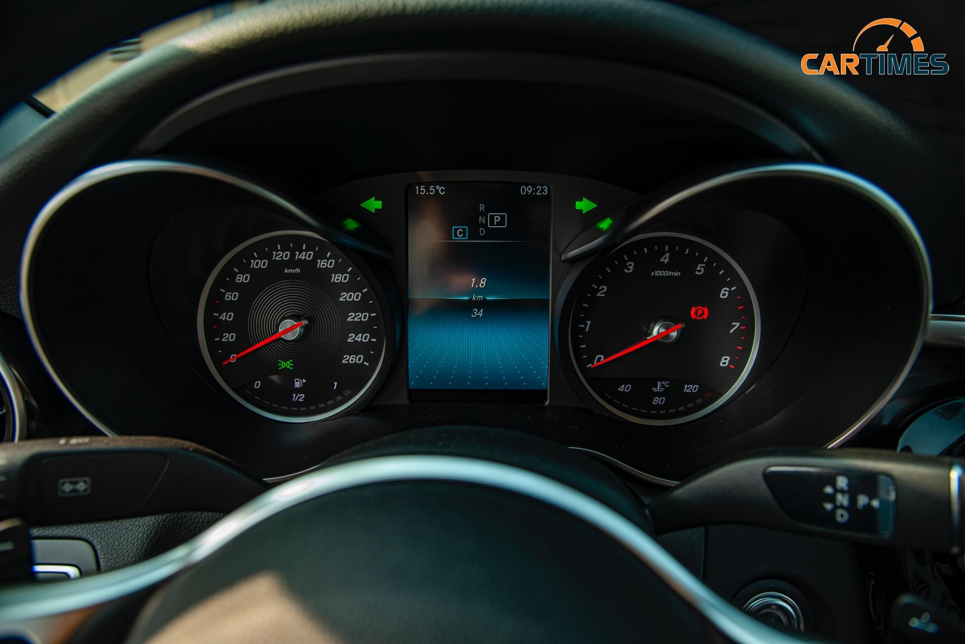 Còn mới tinh tươm, ODO chưa qua 50 km, Mercedes-Benz C 180 2020 đã được rao bán trên thị trường xe cũ -1