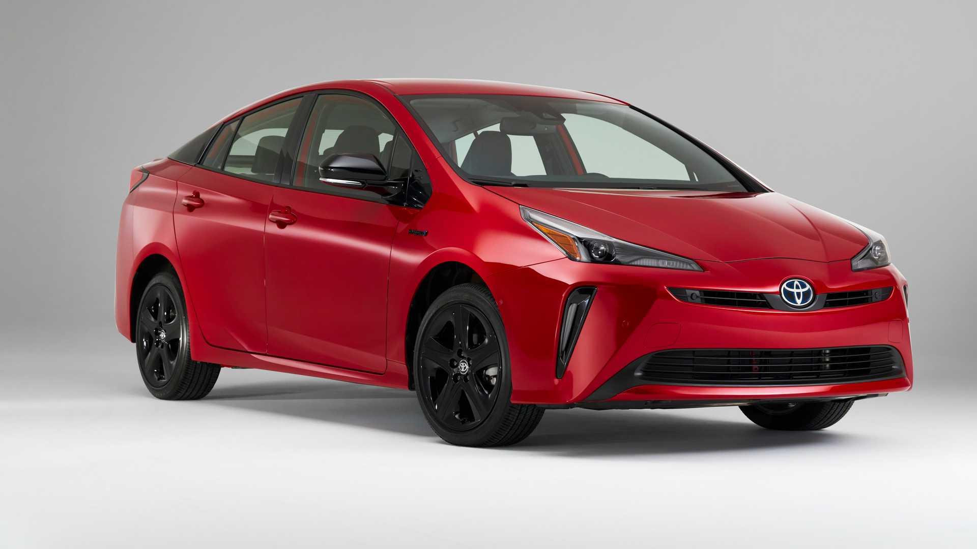 Top 10 xe gắn bó với người dùng ít nhất 15 năm: Xe Toyota bất bại -1