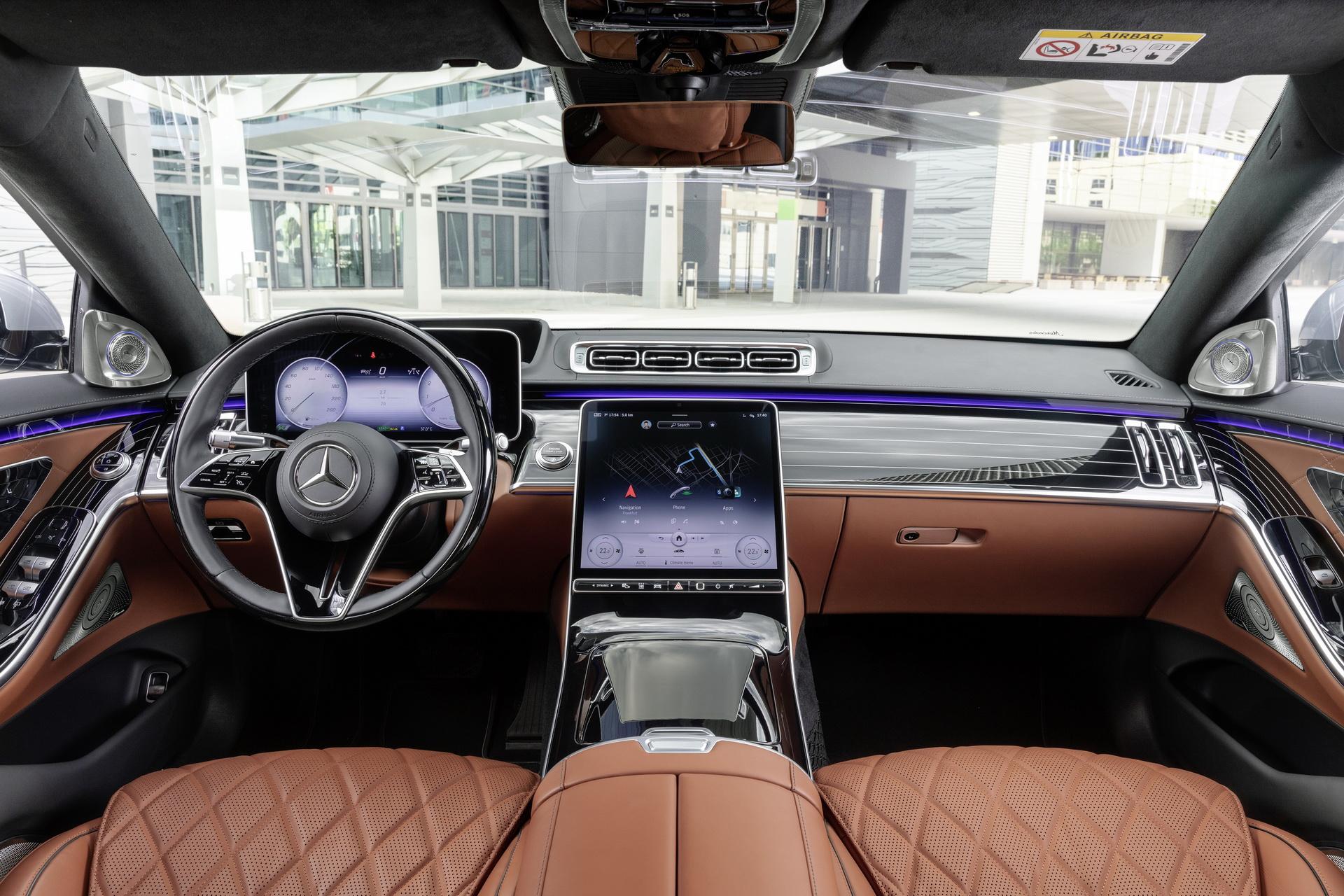 Mercedes-Benz gửi lời xin lỗi tới khách hàng vì phải triệu hồi S-Class thế hệ mới -3