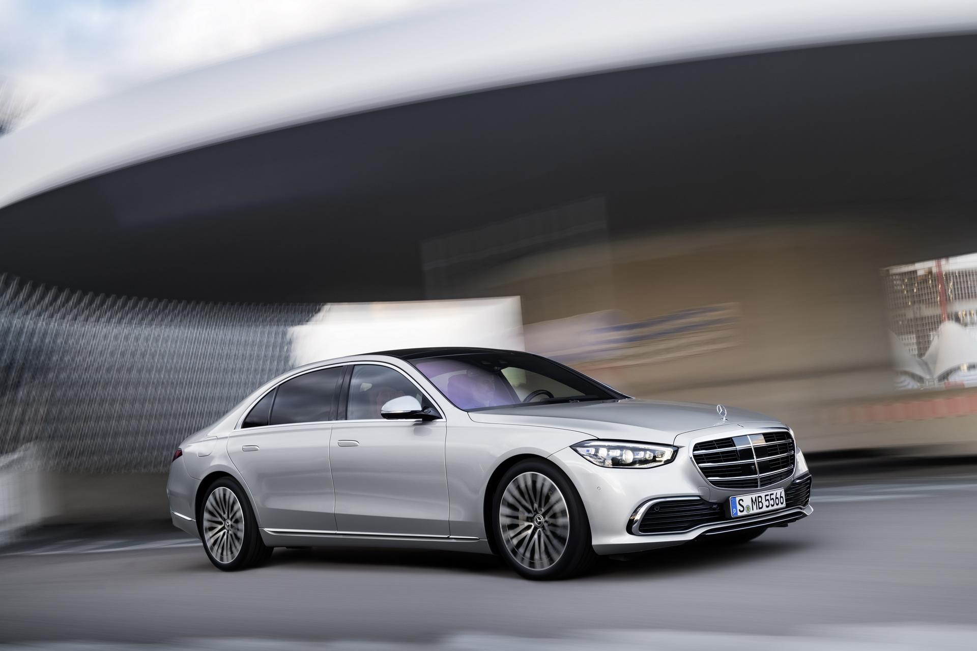 Mercedes-Benz gửi lời xin lỗi tới khách hàng vì phải triệu hồi S-Class thế hệ mới