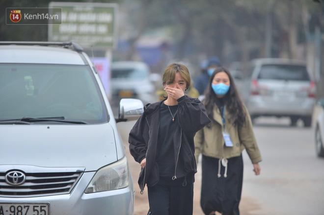 Công trình ngổn ngang tại con đường dài 1,3km treo gần 20 năm giữa Thủ đô khiến người dân khó chịu khi đi qua-11