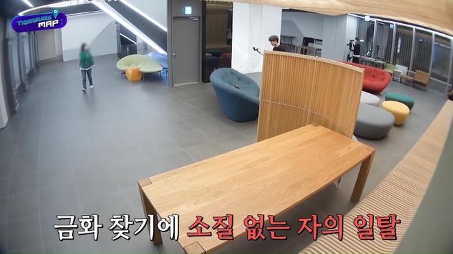 Em trai BLACKPINK hé lộ trụ sở mới siêu sang của YG: Căng tin, phòng tập khổng lồ chưa sốc bằng hành lang đủ lớn để quay MV!-26