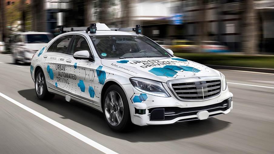 Mercedes-Benz tiếp tục lái bằng... cơm ?!