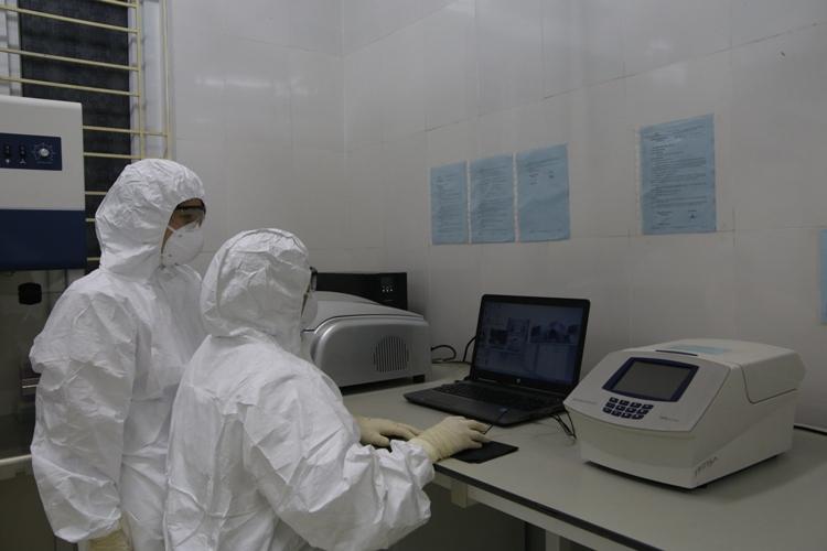 Bắc Giang: 2 trường hợp F1 với ca bệnh Hải Dương đã âm tính với SARS-CoV2-1