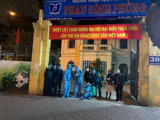 3 học sinh thuộc diện F1 và F2, trường cấp 3  Phan Đình Phùng  Hà Nội cho học sinh nghỉ học từ ngày 29/1-1