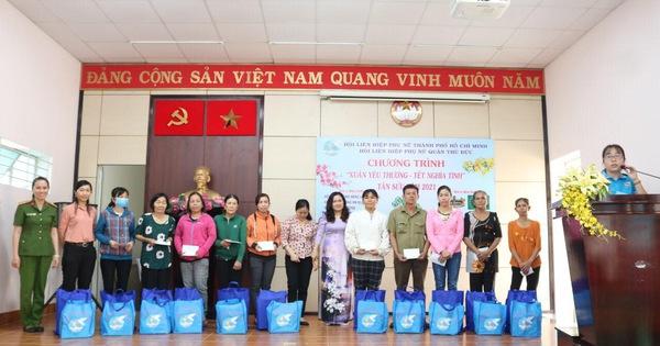 King Coffee trao 200 phần quà cho phụ nữ có hoàn cảnh khó khăn tại quận Thủ Đức