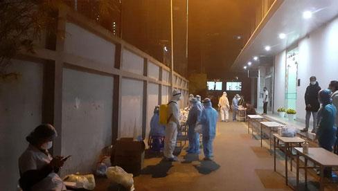 NÓNG: Hà Nội ghi nhận 2 ca mắc Covid-19 mới tại Ba Đình và Nam Từ Liêm