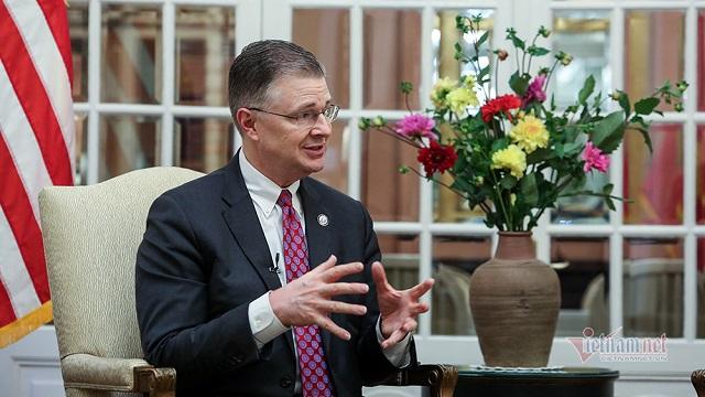 Đại sứ Mỹ kể chuyện nghiện bánh chưng và 4 năm đón Tết Việt