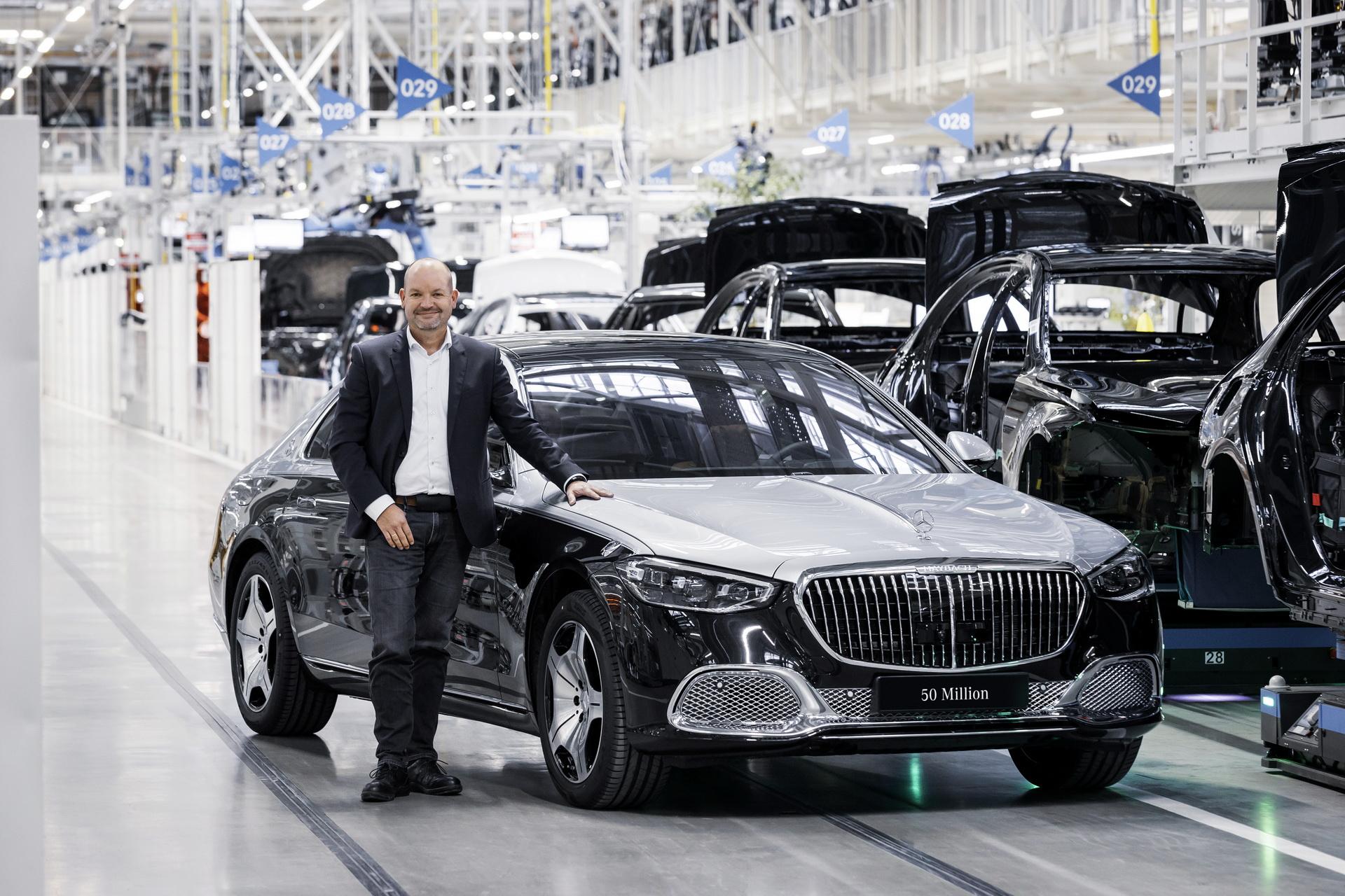 Mercedes-Benz cán mốc 50 triệu xe xuất xưởng trong vòng 75 năm qua