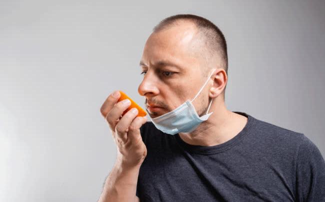 Bất ngờ với cách tự kiểm tra có mắc Covid-19 hay không: Ngửi mùi 2 loại thực phẩm phổ biến