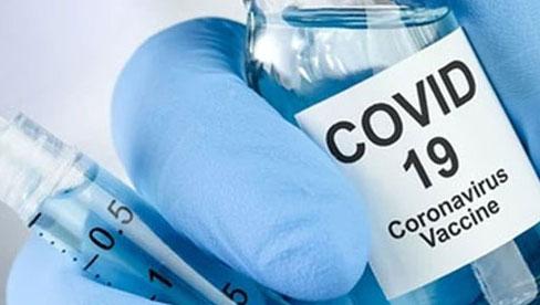 Tiêm phòng vắc-xin Covid-19: Chuyên gia giải đáp một số băn khoăn của người dân trước khi tiêm