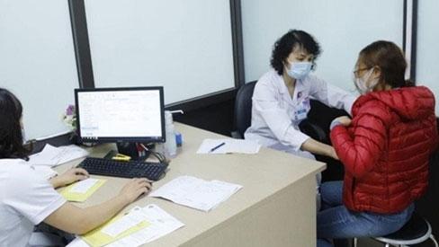 Bệnh nhân ung thư có nên tiêm vaccine COVID-19?