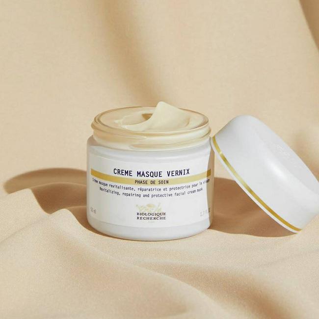 Đây chính xác là 7 sản phẩm skincare gái Pháp dùng để có làn da căng bóng, mượt mà như lụa-5