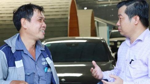 Gây tai nạn không bị bắt đền còn được chủ Mercedes tặng xe mới, người đàn ông xúc động: